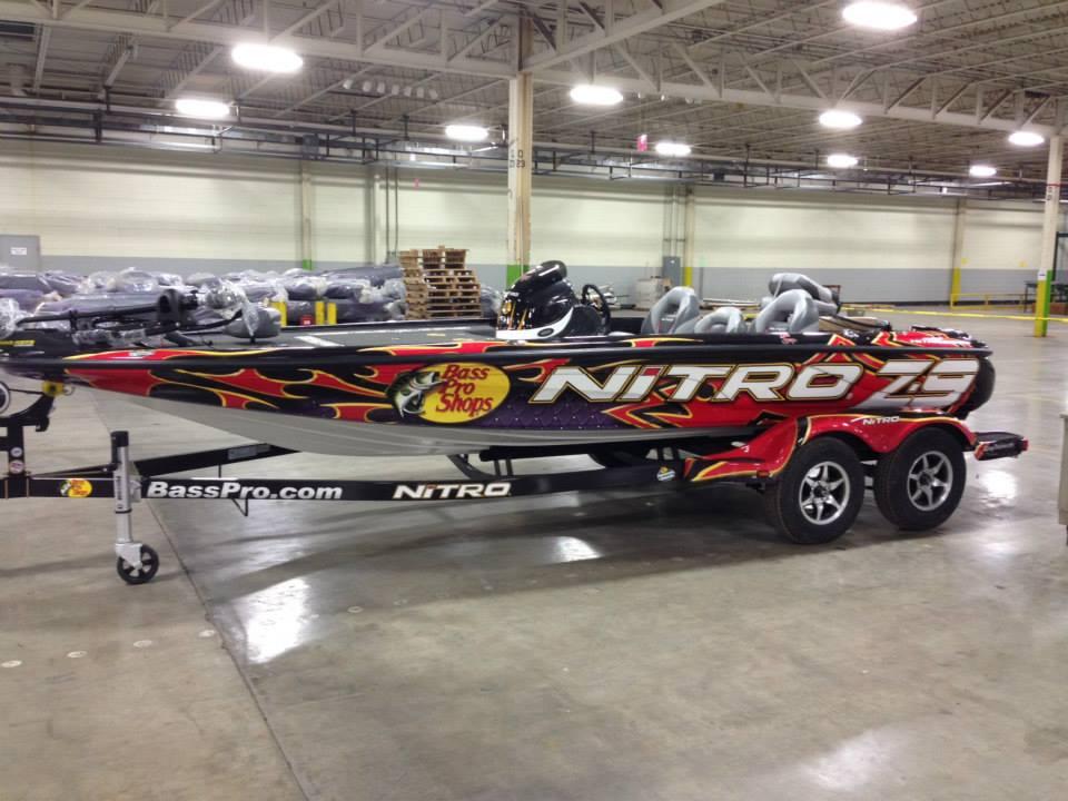 comprar barco nitro z9